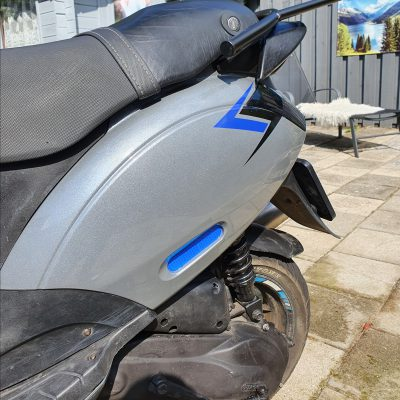 reflector blauw vespa piaggio zip klantfoto